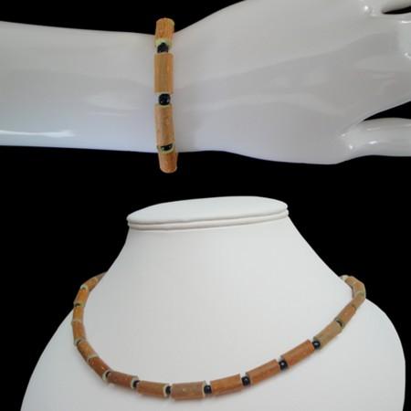 Parure perles noires simples