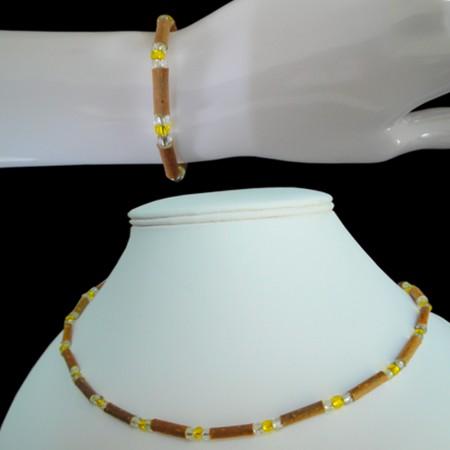 Parure perles jaunes